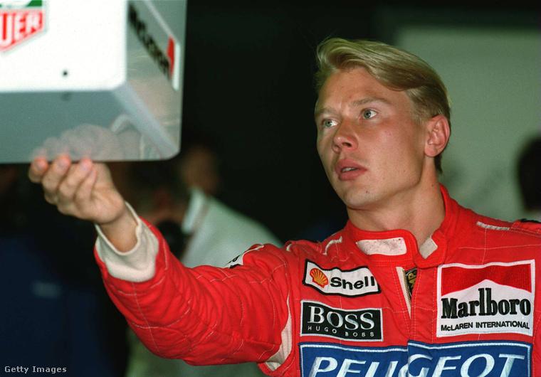 Häkkinen már gyerekkora óta gokartozott, 1991-ben, 23 évesen mutatkozott a F1-ben, a Lotus csapatában