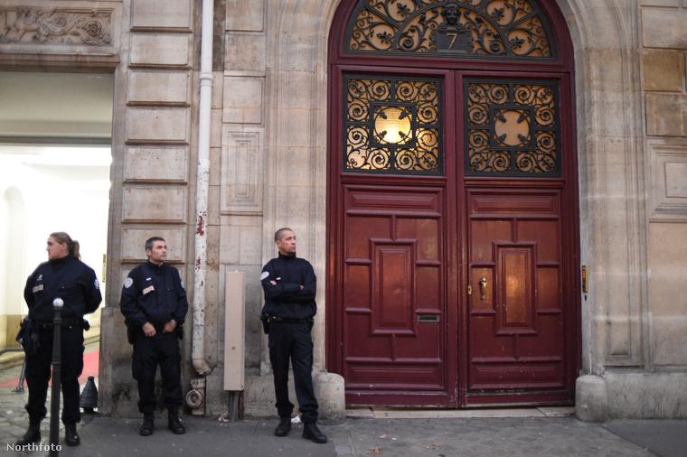 Ez itt a rablás helyszíne: egy párizsi luxusapartman.
