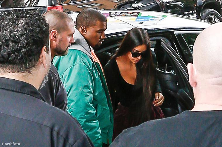 Október 2-án, vasárnap este rendőrnek öltözött fegyveresek kirabolták Kim Kardashiant a párizsi hotelszobájában, erről már beszámoltunk itt, és most összefoglaljuk a legfontosabb részleteket friss képekkel