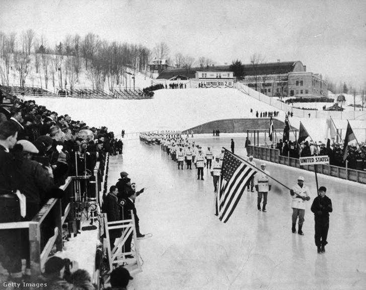 Az 1932-es téli olimpia megnyitója Lake Placidben.