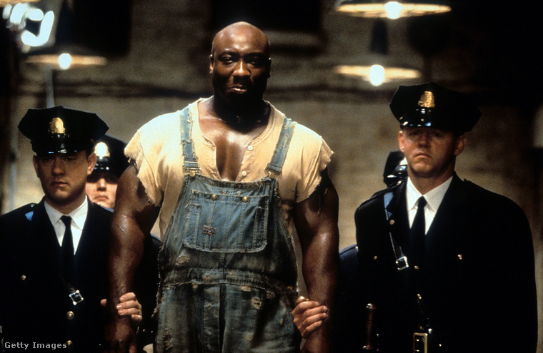 A leginkább a Halálsoron című filmből ismert színész testépítőként és testőrként kezdte pályafutását.