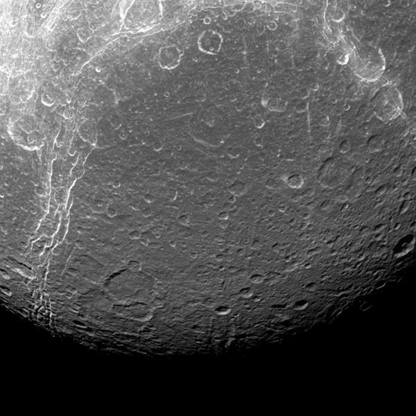 A Dione - NASA/JPL