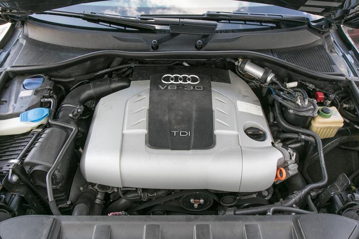 Ma is meghatóan szépen szól a V6-os dízel