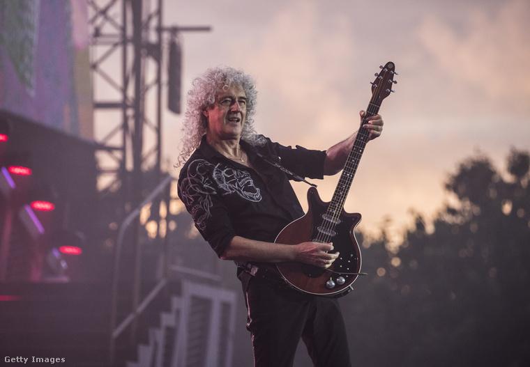 A Queen együttes tagjai a Twitteren borultak ki és írták le jogosan, hogy soha nem adtak engedélyt a republikánus elnökjelöltnek arra, hogy felhasználja a We Are The Champions című dalukat a clevelandi elnökjelölt-állító konvención