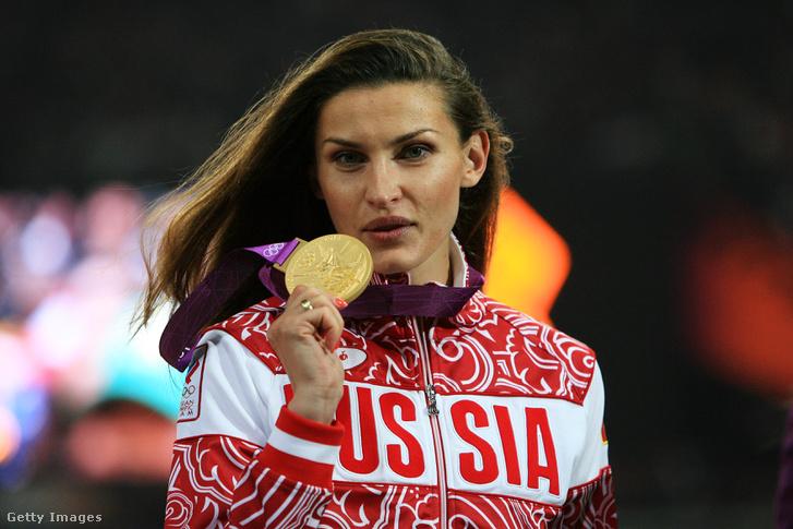 Anna Csicserova