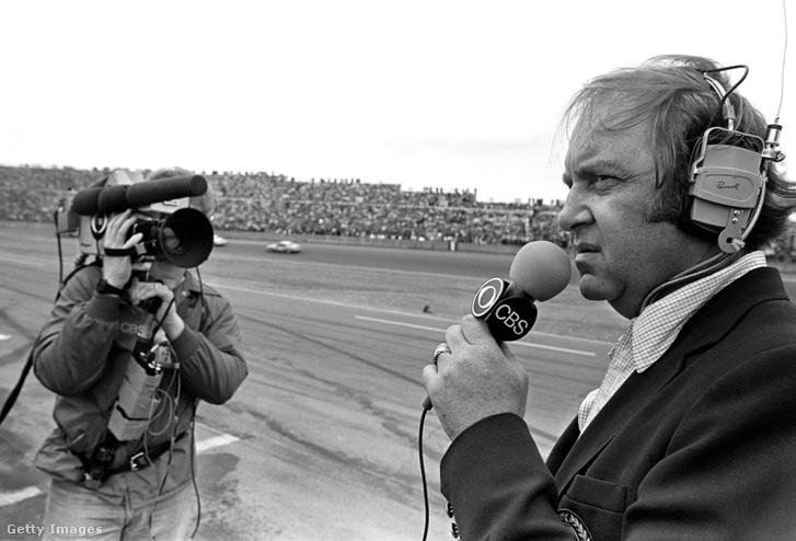 Brock Yates a CBS tudósítójaként az egyik 1981-es Daytona 500-as Nascar versenyen