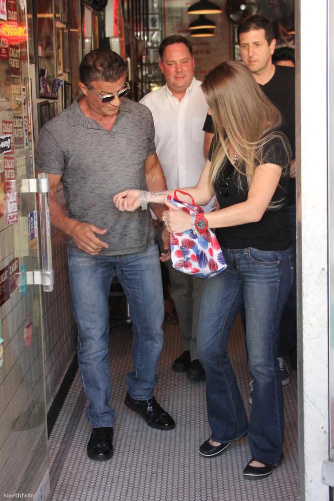 Sylvester Stallone pedig arra csodálkozhatott rá, hogy van egy hatalmas rajongója...