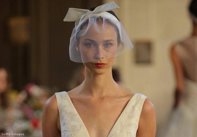 A hatodik és utolsó tervező Lela Rose. Az összes modellje ezt a különleges fátylat viselte.