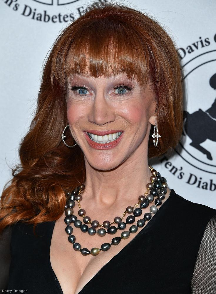 Kathy Griffin komika minket Sarah Jessica Parkerre emlékeztet