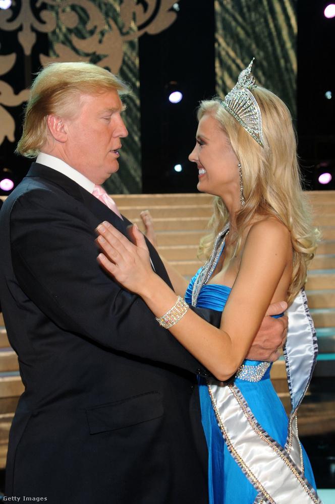 Jelenlegi felesége, Melania Trump előtt hat évig élt házasságban Maria Maples-szel, azt megelőzően pedig Ivana Trumppal, 1977-től egészen 1992-ig.