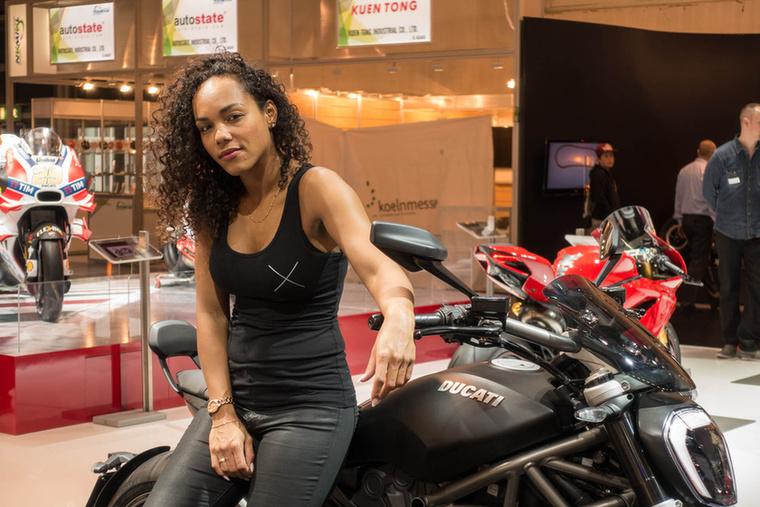 A Ducati XDiavel formatervezési mestermű, meg is kapta az egyik legnívósabb dizájndíjat a Red Dot Awardot