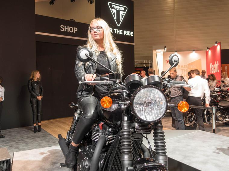 A Triumph egyik idei újdonsága a T100 Black