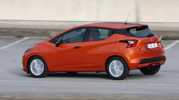 Kifejezetten jól kép a dízelmotorral, de a benzines turbós is jó. Vajon milyen lehet az alapmotor?
