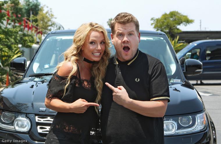 vagy éppen Britney Spearsszel.De vajon mit csinálhat a való életben, amikor nem egy bekamerázott autóban énekel hírességekkel?