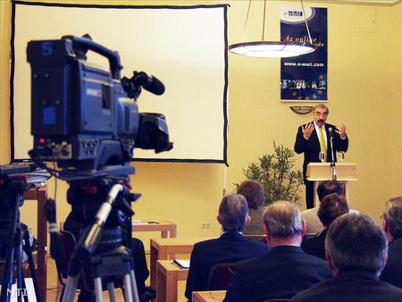 Bokros a Világbank igazgatója előadásával megnyitja az Andrássy Katedra gazdasági fórumot
