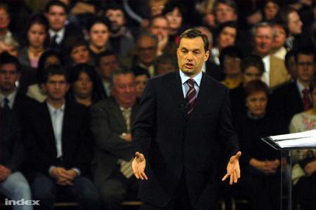 Orbán évértékelője