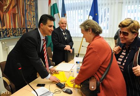 Mesterházy Attila, az MSZOSZ nyugdíjas választmányának ülésénFotó: Kollányi Péter