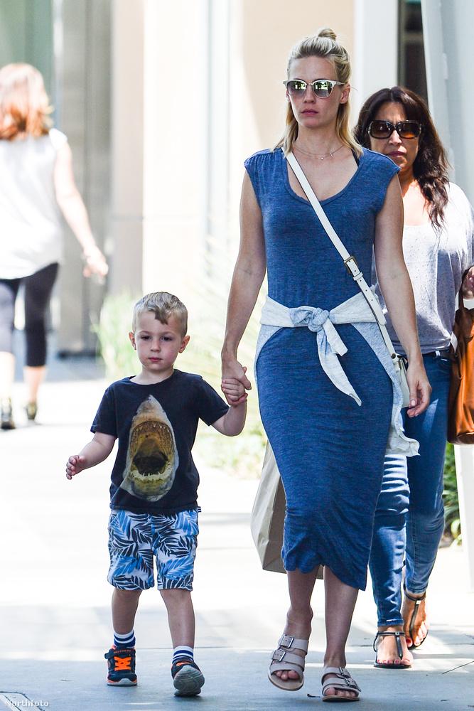 January Jones, a Mad Men (Reklámőrültek) színésznője 2011-ben adott életet fiának, Xandernek