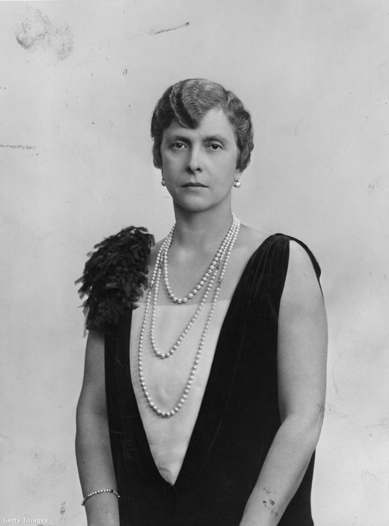 Alíz hercegnő valamikor 1945-ben