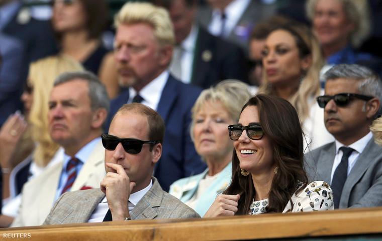 Katalin hercegné csak 34 éves és ha nem tudnánk, hogy Vilmos herceg fülig szerelmes feleségébe, most lehet, hogy bajban lennénk.