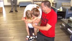 A pillanat, amikor egy elrabolt kislány újra találkozott családjával