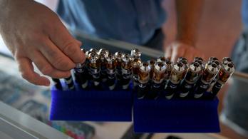 Az E-vitamin-acetát lehet az e-cigaretta halálos összetevője