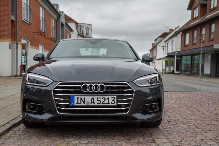Az Audi Single Frame már az A5-ösön is szögeletes lett