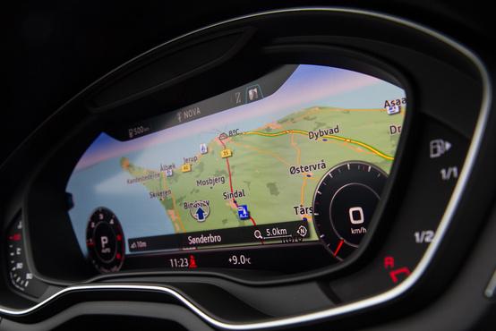 """A """"műszerek"""" lekicsinyíthetők, még jobban látszik így a navigáció – vagy más, amit látni akarunk"""