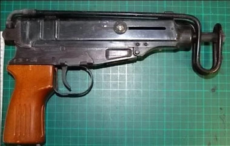 Az egyik fegyver, amit a nőnél találtak
