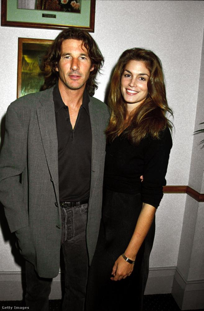 Garberrel 1998-ban házasodtak össze, de Crawford ezt megelőzően Richard Gere felesége volt