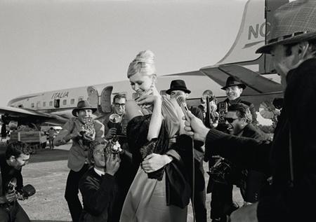 Anita Ekberg és a fotósok a Dolce Vitában