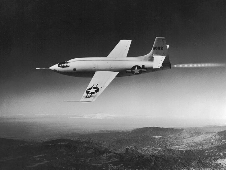 Bell X-1 46-062 (in flight)