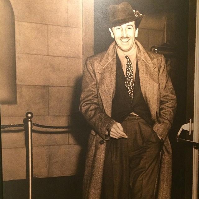 Walt Disney nem cigarettázik.