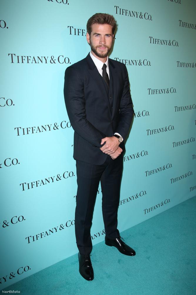 Liam Hemsworth-ról nem tudtuk, hogy rajong a Tiffanyért, de már tudjuk