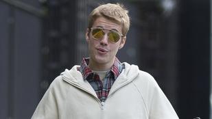 Justin Biebernek focizni volt kedve, úgyhogy beállt egy londoni tesiórára
