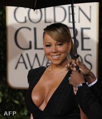Golden Globe kiosztó: Mariah Carey és mellei