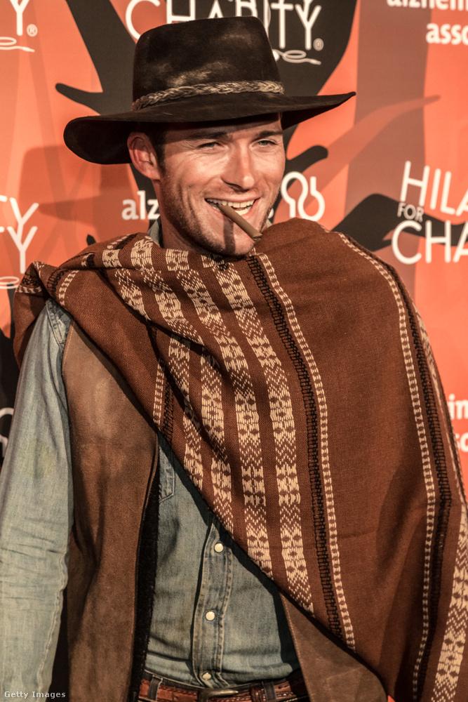 A szombat estét Scott Eastwood, aki természetesen Clint Eastwood fia, egy jelmezbálban töltötte