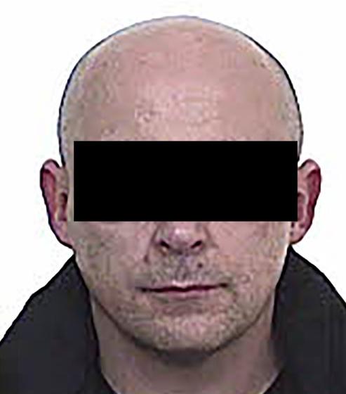 A rendőrség K. Lászlót gyanúsítja a gyilkossággal, a férfi még aznap Ausztriába menekült, ott adta fel magát.