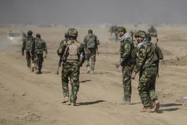 Nagy kérdés, mi lesz a város felszabadítása után az IS menekülő harcosaival. Legfontosabb iraki állásuk feladásával elvileg megszűnik minden érdemi bázisuk Irakban, így kézenfekvő, hogy megpróbálnak Szíriába húzódni – bár a két terület közötti összeköttetést épp ezért igyekezett már korábban felszámolni az iraki hadsereg.