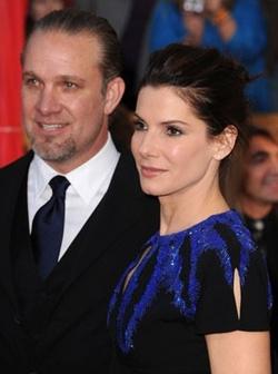 Jesse James és Sandra Bullock (forrás: IMDb)