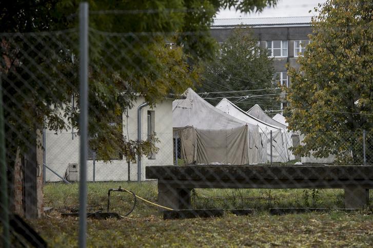 Októberben készült kép a sátortáborról.
