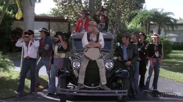 Bűnvadászok (1977) - Ford A-modell