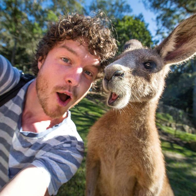 de csak ausztráliai kalandozásai során lett a műfaj igazi mestere.
