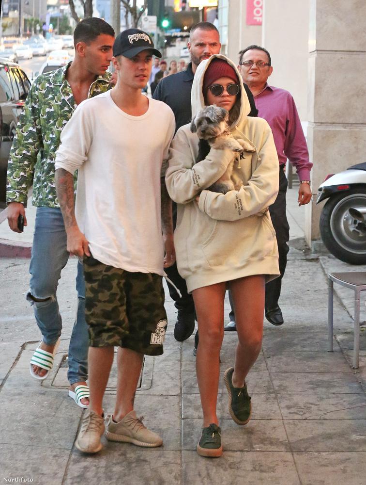 mert a közelmúltban még Justin Bieberrel tartott fenn bizalmasnak mondható kapcsolatot.Na de nézzük azt az óriási bulit!