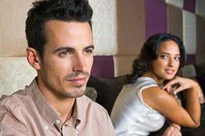 """Egy """"randevú"""" három-öt percig tarthat, ha elhúzódik, felárat kell fizetni, igaz, hogy."""