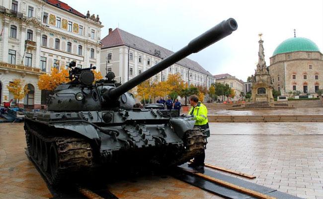 304595 tank-pecs