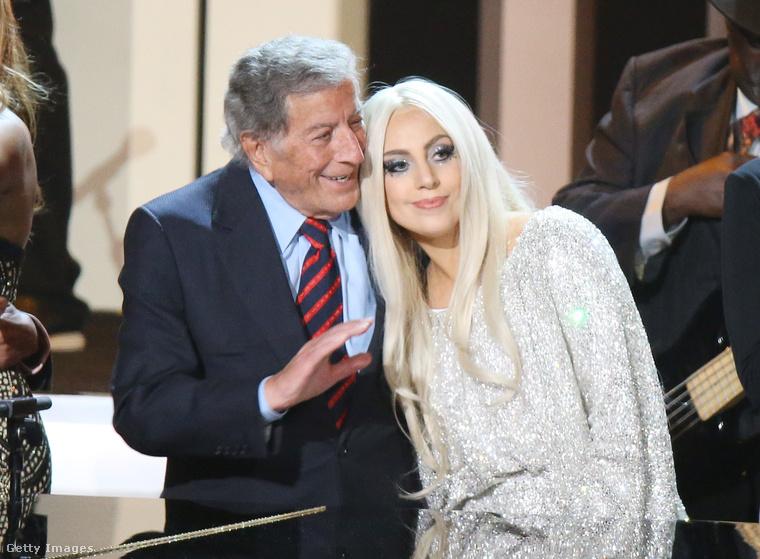 A többszörös Grammy-díjas énekes, Tony Bennett és Lady Gaga közös duettje mindenkinek megvan, ugye?                                                  A duettet is tartalmazó lemez egy csodálatos barátság kezdete lett - az olasz felmenőkkel rendelkező énekesnő idén augusztusban az Empire State Building tetején, a Tony Bennett 90