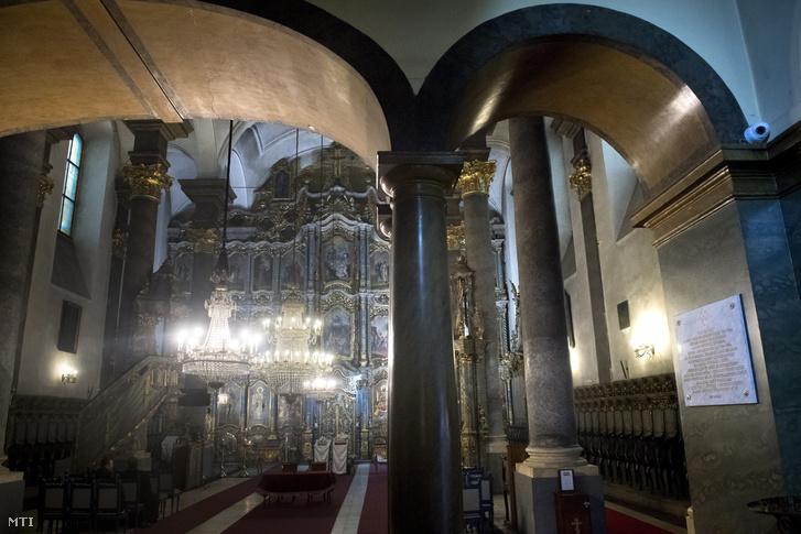 A Nagyboldogasszony magyar ortodox székesegyház a budapesti Petőfi téren