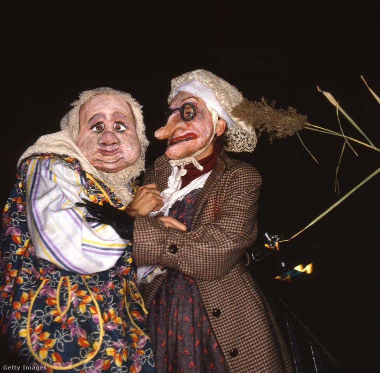 A 80-as évek elején már konszolidálódott a halál-ipar, és vicces maskarák vették át a csontvázak, és ijesztő szörnyszülöttek terepét.