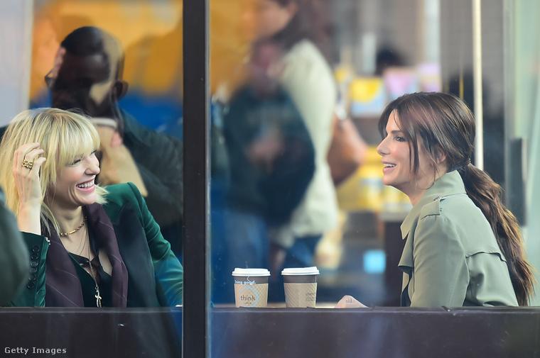 A két színésznőt felvétel közben fotózták le október 24-én New Yorkban